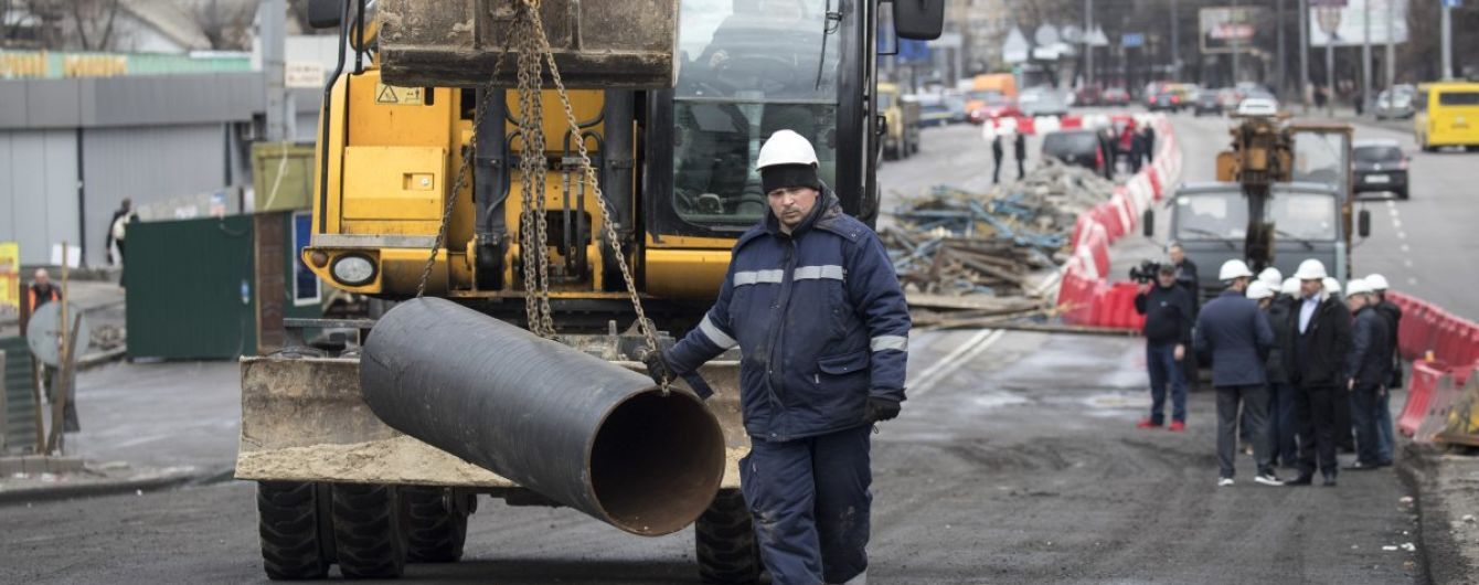 Будівництво Шулявського мосту показали на відео