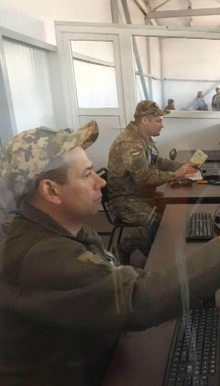Россия уже завезла паспорта РФ в ОРДЛО и анонсирует их массовую раздачу украинцам