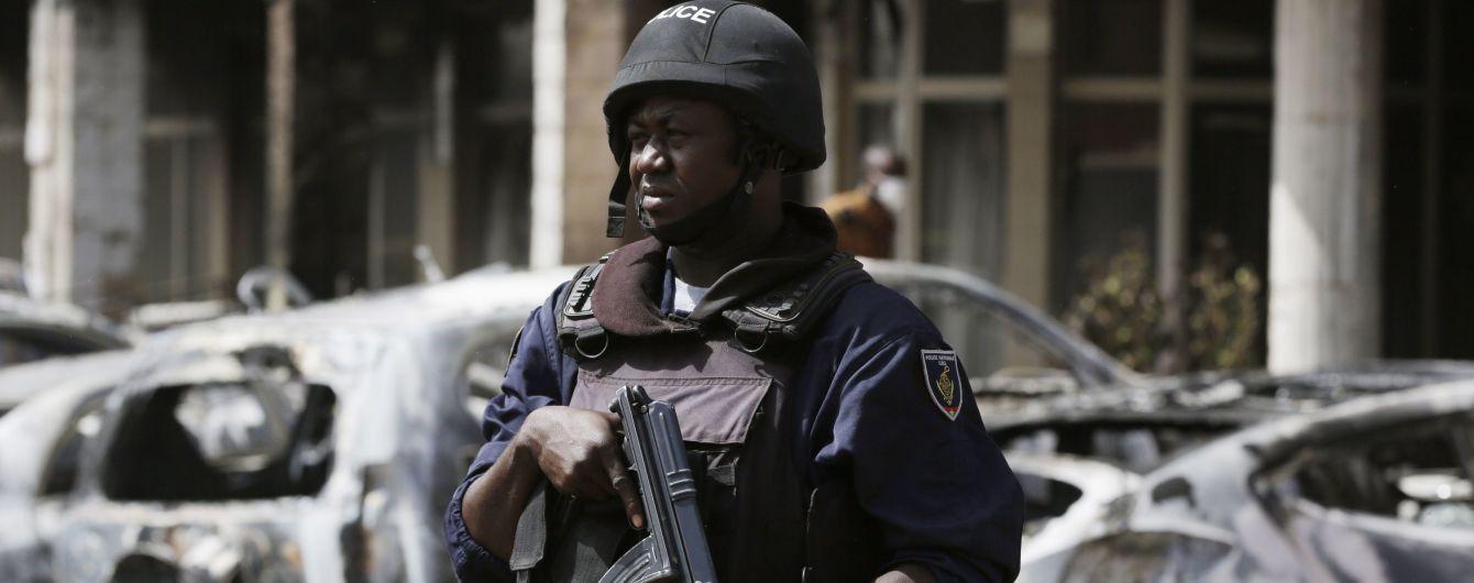 В Буркина-Фасо исламисты ворвались в католическую церковь: убит священник и пятеро верующих