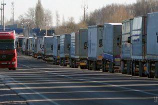 Україна подовжила заборону на ввезення російських товарів
