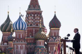 """В Кремлі пояснили """"вичікувальну позицію"""" Путіна стосовно Зеленського"""
