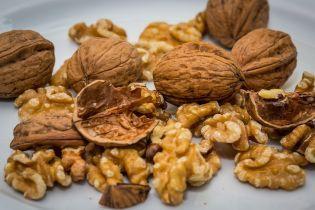 Сезон орехов: украинцам их продают от 35 до 180 грн за кило