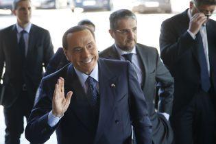 Экс-премьер Италии Берлускони перенес операцию