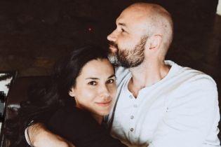 Це так мило: Маша Єфросиніна показала серію зворушливих знімків з чоловіком