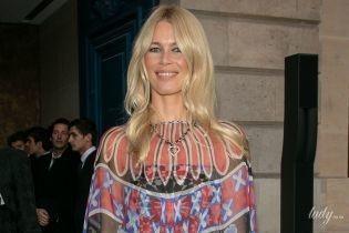 Вся в Chanel: красивая Клаудия Шиффер на вечеринке французского бренда в Париже