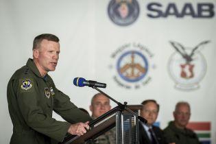 Объединенные силы НАТО в Европе возглавил генерал США Волтерс