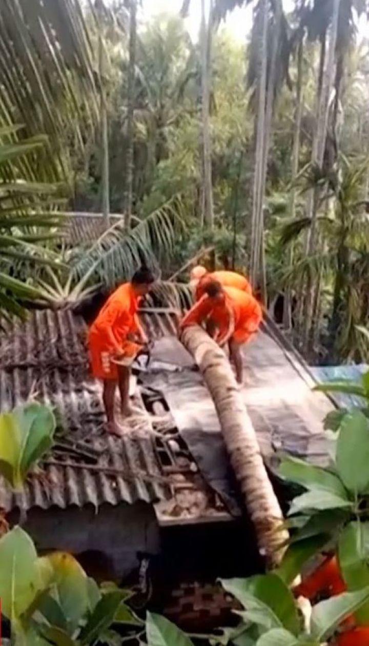 """Циклон """"Фани"""" унес жизни 15 человек в Индии и переместился в Бангладеш"""