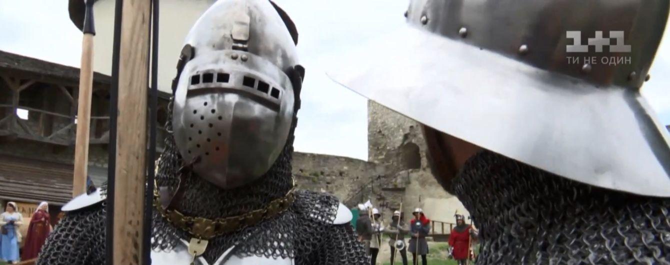 Каменец-Подольская крепость стала ареной битвы рыцарей-реконструкторов