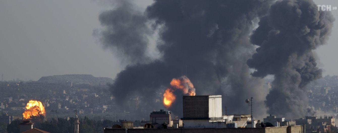 Ізраїль завдав авіаударів по цілях у секторі Гази