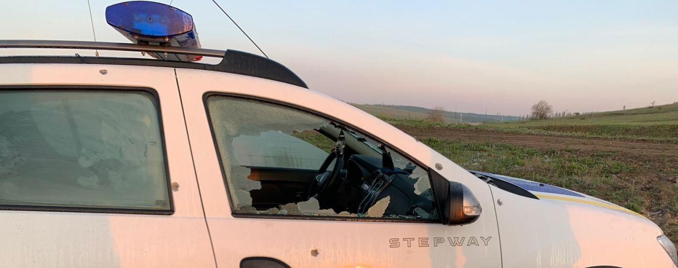 На Одесчине разыскивают мужчину с ружьем, который напал на копов