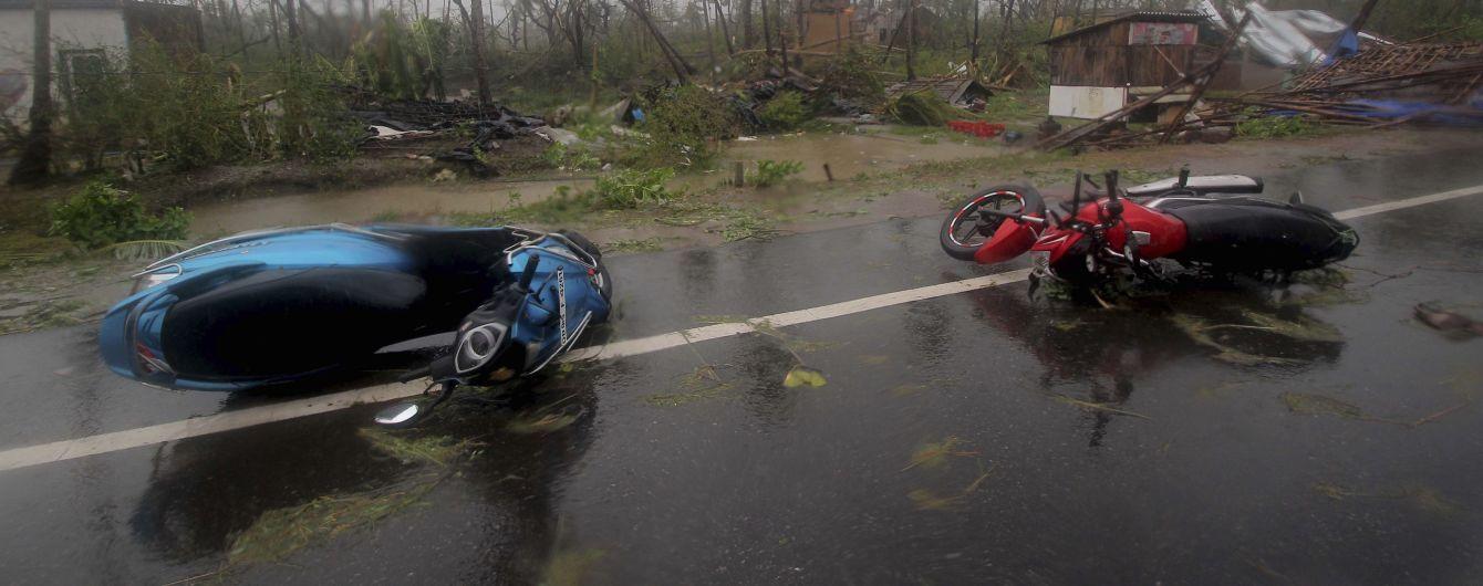 """Смертельний циклон """"Фані"""" забрав життя понад десяти жителів Бангладеш"""
