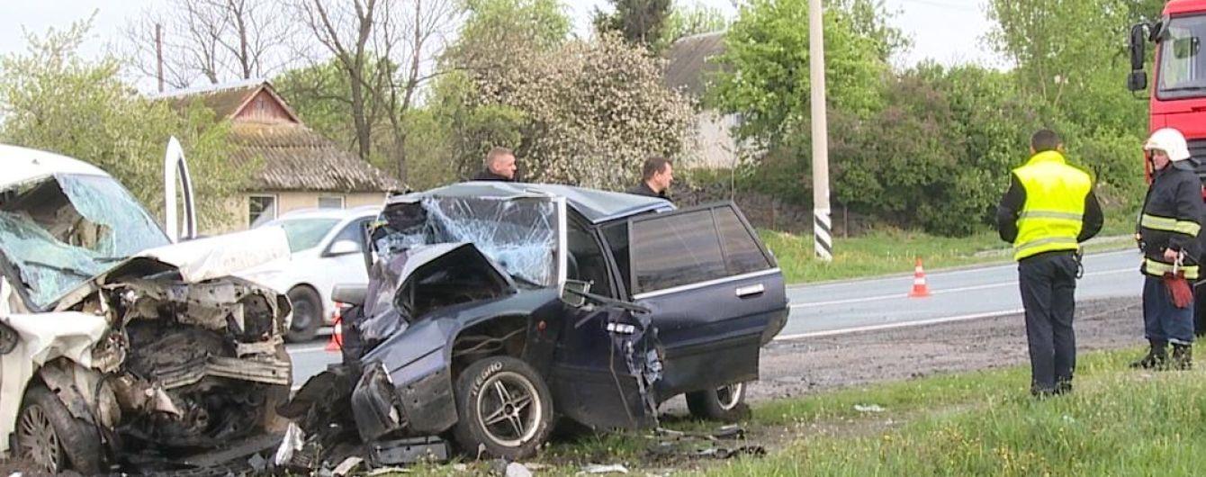 На Вінниччині в ДТП загинуло четверо людей