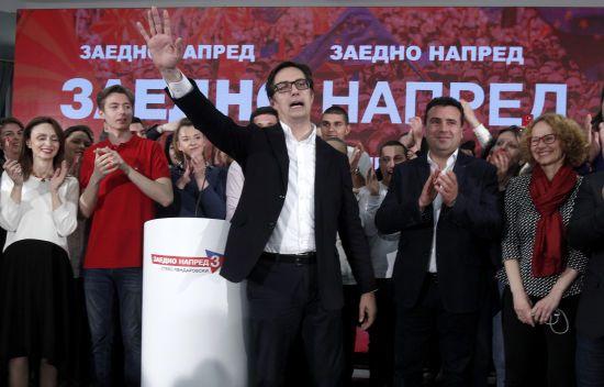 На виборах президента Північної Македонії лідирує прозахідний кандидат