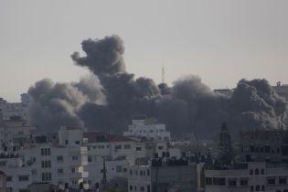 Вследствие обстрелов между Израилем и Сектором Газа погибли почти 30 человек