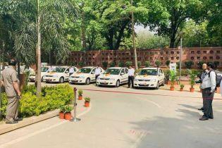 В парламенте Индии установили первые зарядки для электрокаров