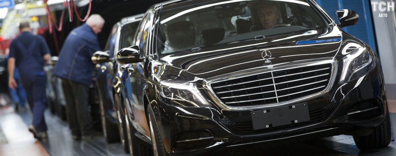 В России из-за опасного дефекта отзывают огромную партию Mercedes премиум-класса