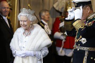 Порядки престолов: вся очередь на корону Британии в одной Инфографике