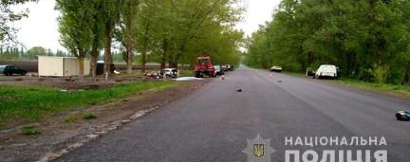 На Киевщине депутат Яготинского горсовета сбил насмерть отца с сыном
