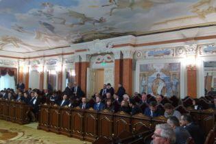 Голова Ради суддів звинуватив АП у тиску, на Банковій пов'язали закиди з Порошенком