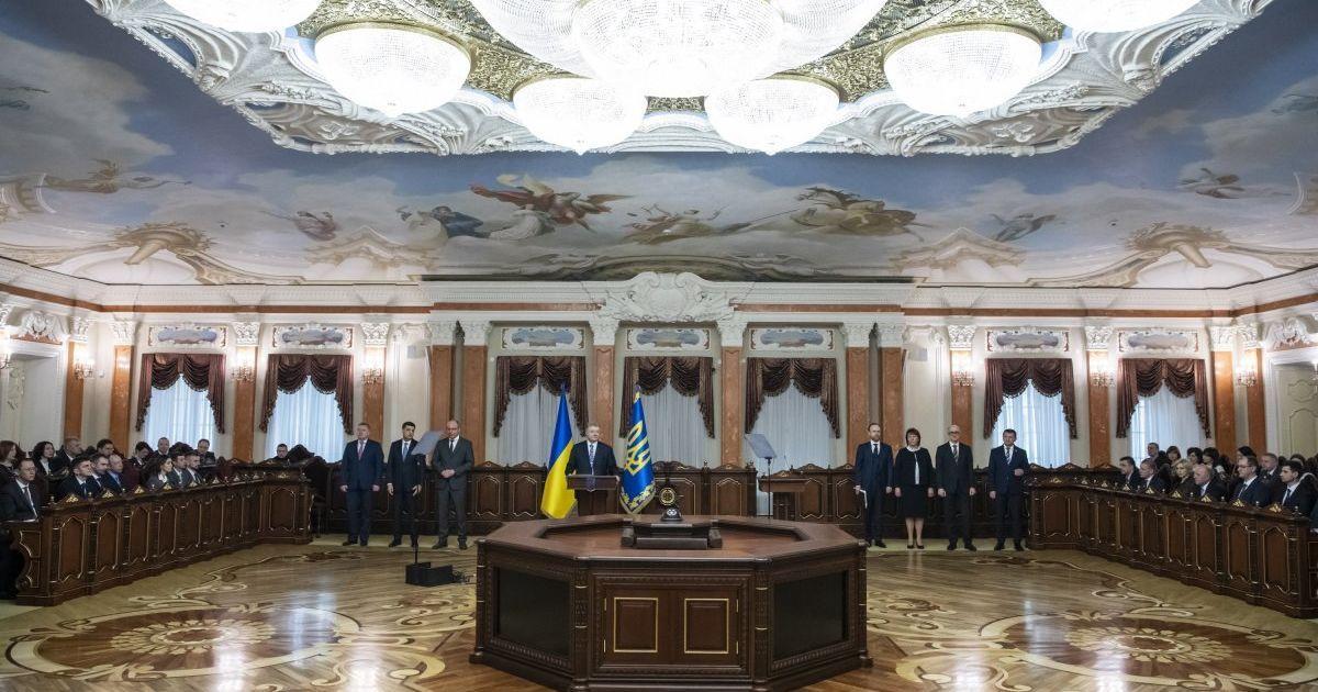 Экскурсия в антикоррупционный суд: кабинеты судей по 10 квадратов и комфорт для подсудимых