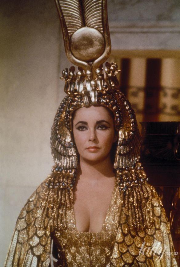 Элизабет Телор в образе Клеопатры
