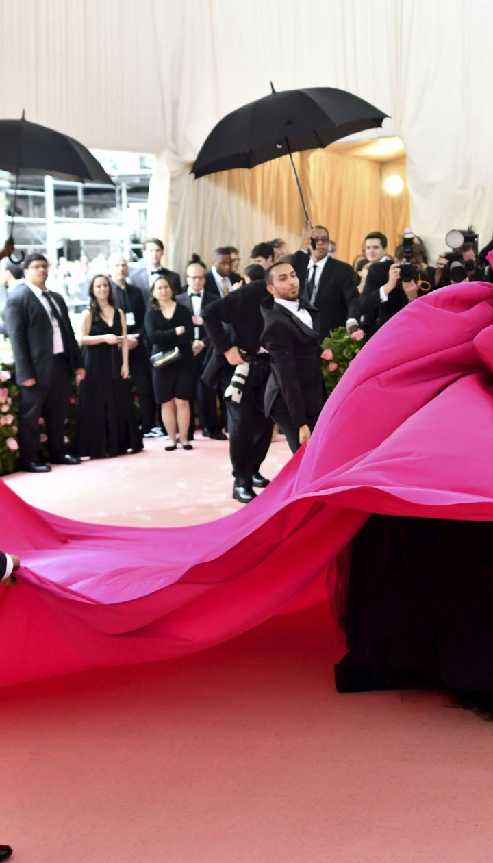 Леді Гага. Перша сукня