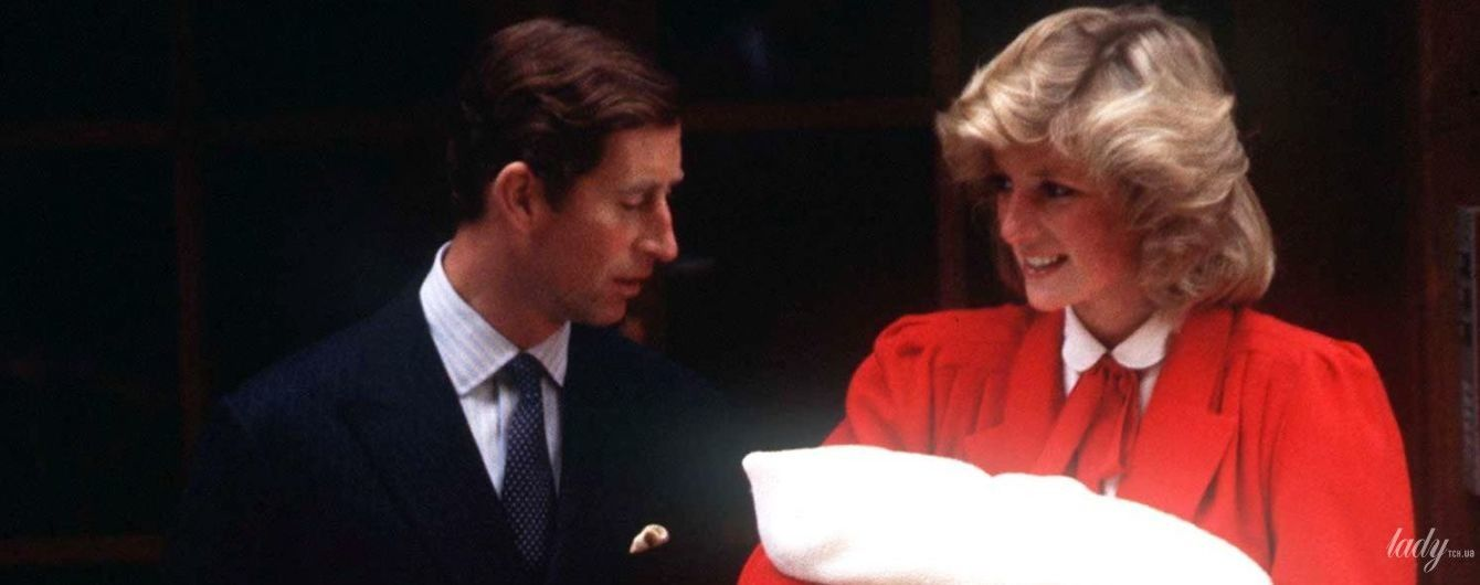 В ожидании фотографий бэби-Сассекса: как принцесса Диана выходила к фотографам с маленьким принцем Гарри на руках