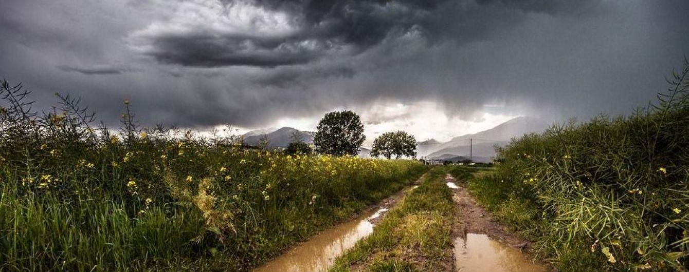 Погода на 4 июня: в Украине ожидают грозы, шквалы и жару