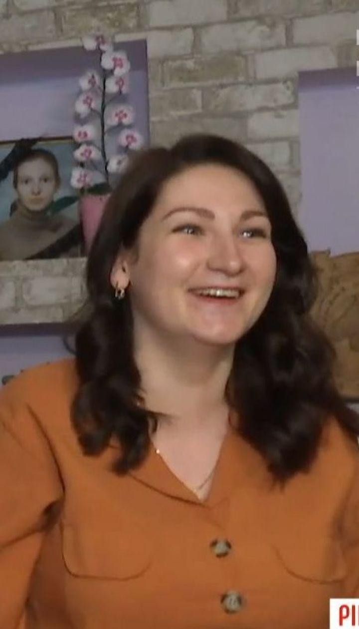 Звільнена за фото у соцмережі вихователька виграла суд, але поновитися на роботі не може