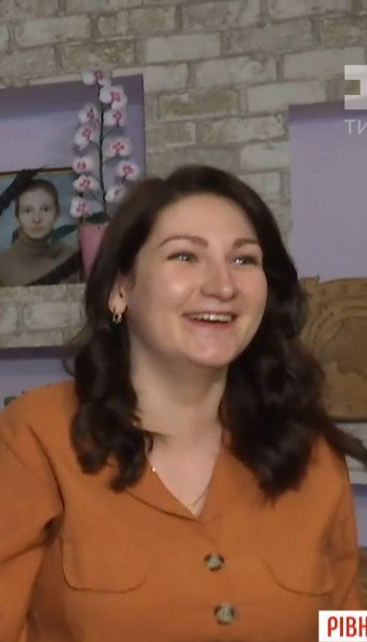 Уволена из-за фото в соцсети воспитательница выиграла суд, но восстановиться на работе не может