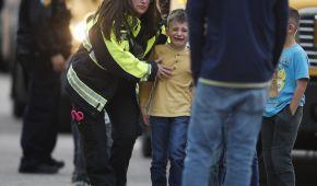 """В США возле """"Колумбайна"""" произошла стрельба в школе: 1 погибший, 8 раненых"""
