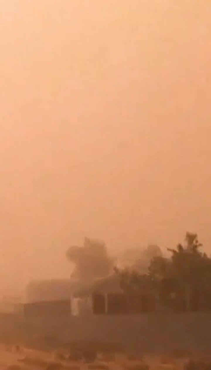 Австралійське місто Мілд'юра накрила піщана буря