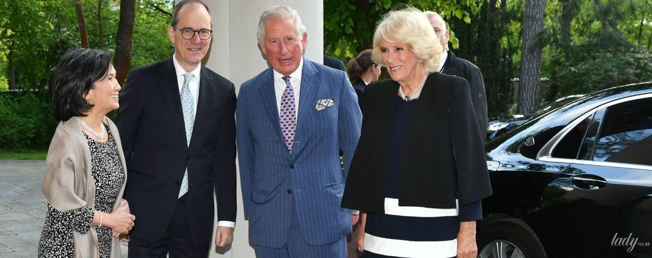 Красивая герцогиня Корнуольская и принц Чарльз посетили прием в честь королевы Елизаветы II