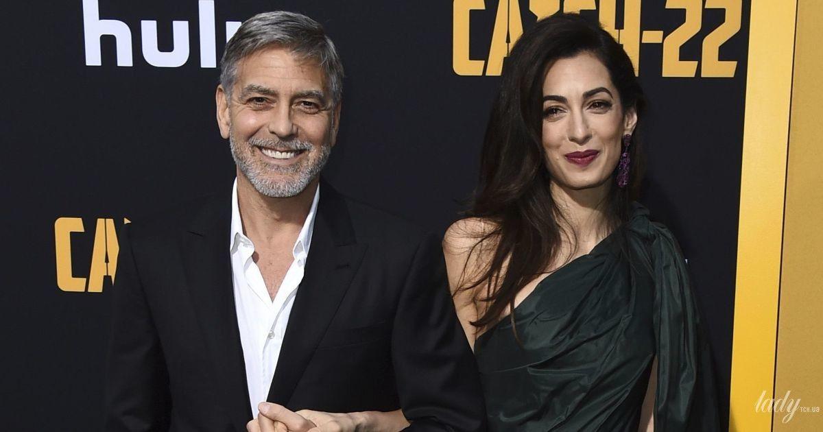В платье за 6 тысяч фунтов: Амаль Клуни продемонстрировала эффектный лук на премьере фильма в Голливуде