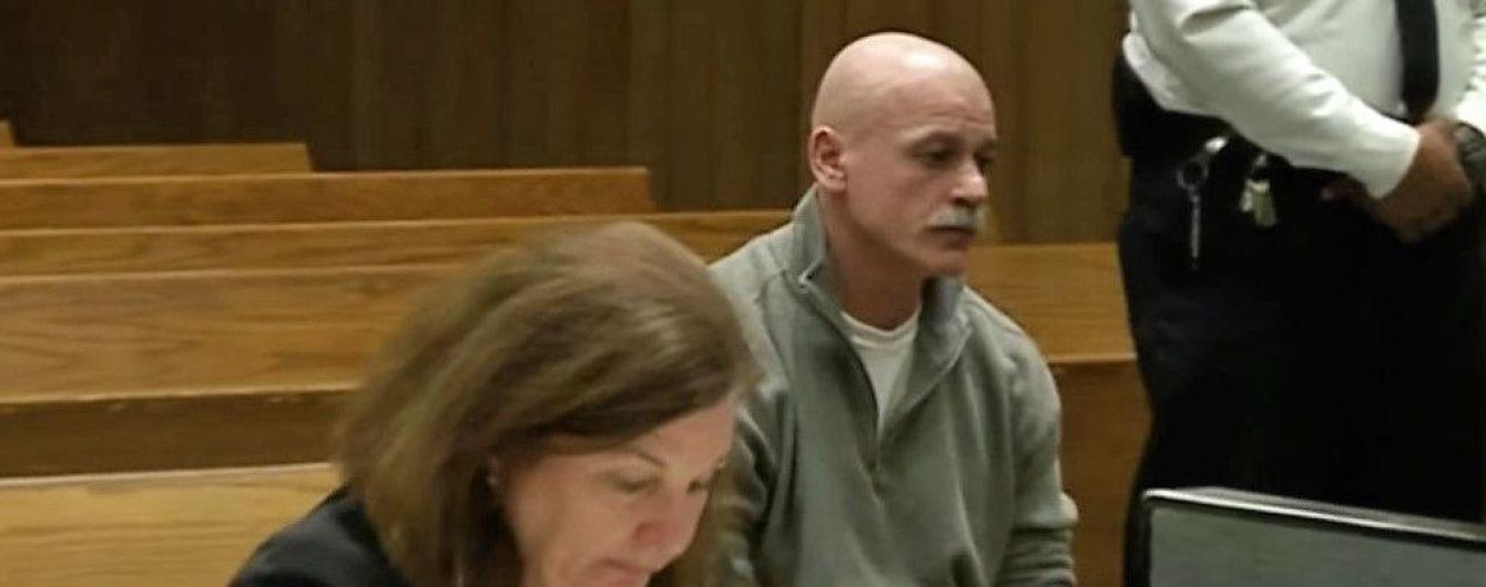 Американец изнасиловал женщину после выхода из тюрьмы, ошибочно отсидев 30 лет за такое преступление