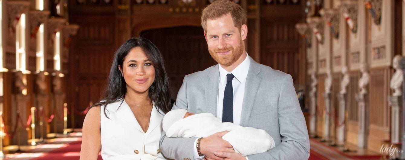 А вот и он: герцогиня Сассекская и принц Гарри показали первые фото новорожденного сына