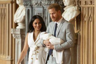 Выясняем, на кого он похож больше: принц Гарри и Меган впервые о новорожденном сыне