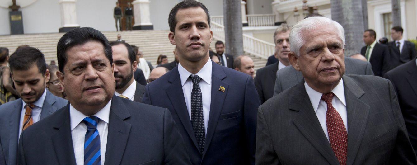 Перший арешт після невдалого повстання: у Венесуелі спецслужби схопили заступника Гуайдо