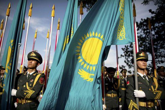 Уперше без Назарбаєва: Казахстан завершує приготування до виборів нового президента