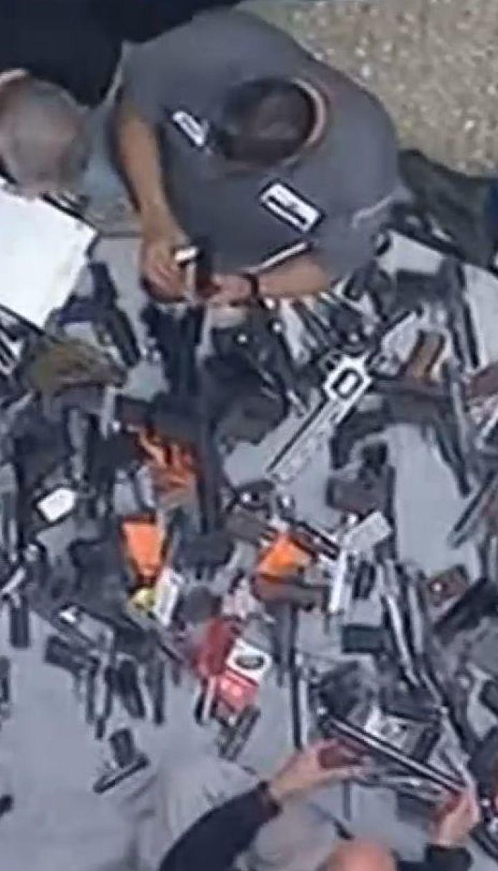 Сотни дробовиков, пистолетов и винтовок: в США обнаружили большой склад огнестрельного оружия