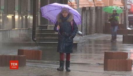 Дожди надолго: в Украину возвращаются осадки