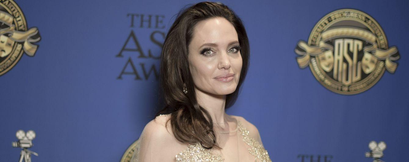 Анджелина Джоли и Селин Дион до предела разругались – СМИ