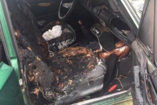 Гралася сірниками: вОдеській області дитина загинула в машині, охопленій полум'ям