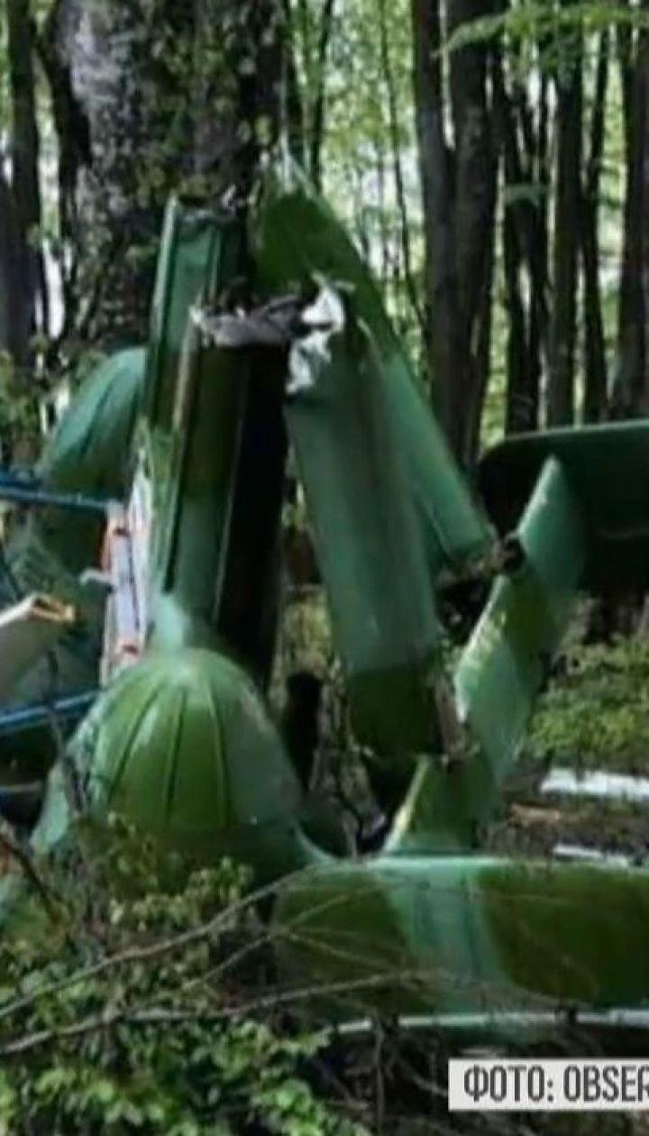 У лісі на українсько-румунському кордоні знайшли розбитий вертоліт