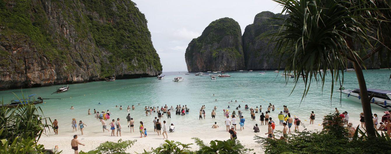 Самый известный в Таиланде пляж Майя Бэй будет закрыт для туристов еще два года