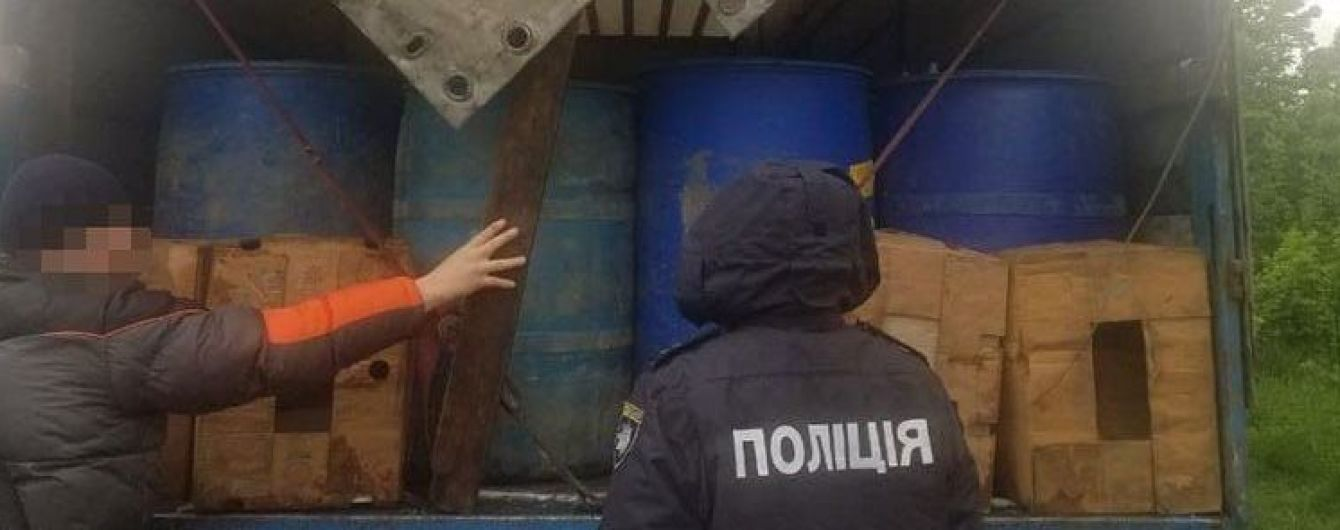 На Буковине из незаконного оборота изъяли 26 тонн спирта стоимостью миллион гривен