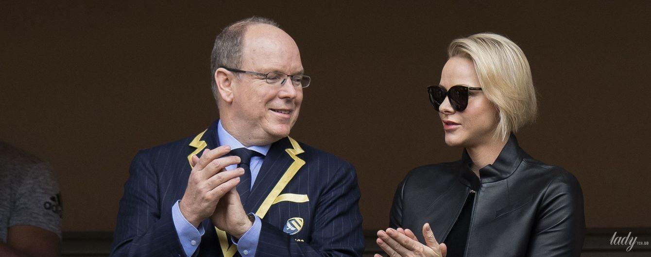 Редкий семейный выход: Княгиня Шарлин и князь Альбер II сходили на спортивное мероприятие