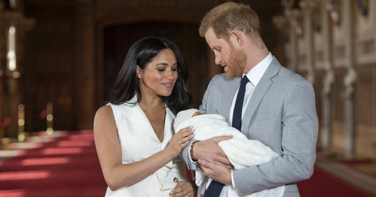 Меган зворушливим фото з сином привітала всіх матерів з їхнім днем