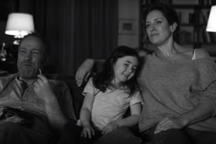 Німецький супермаркет наразився на шквал критики через суперечливе відео до Дня матері