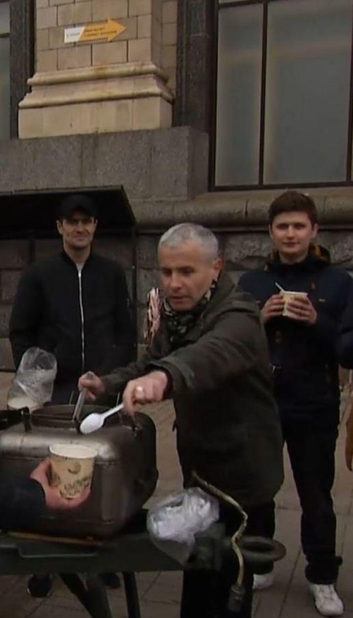 """День примирения или День победы: """"Полевая кухня"""" выясняла, где правда, а где пропаганда"""